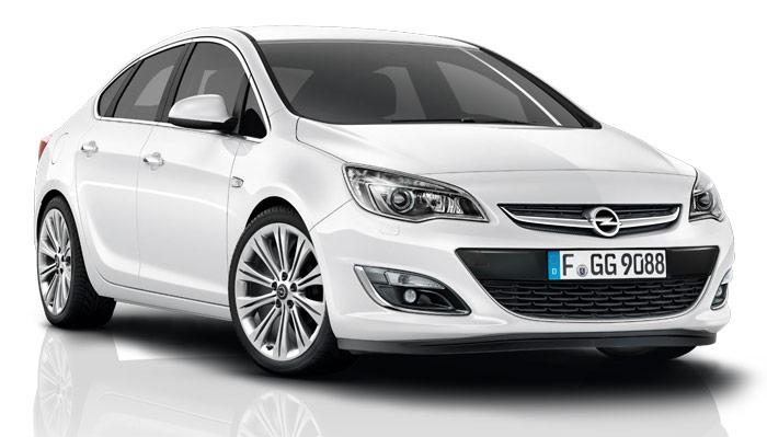 Opel Astra J Hatchback 2014 dla rodziny z dziećmi