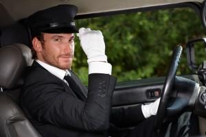 Wynajem busa z kierowcą dla bezpieczeństwa i pewności jazdy